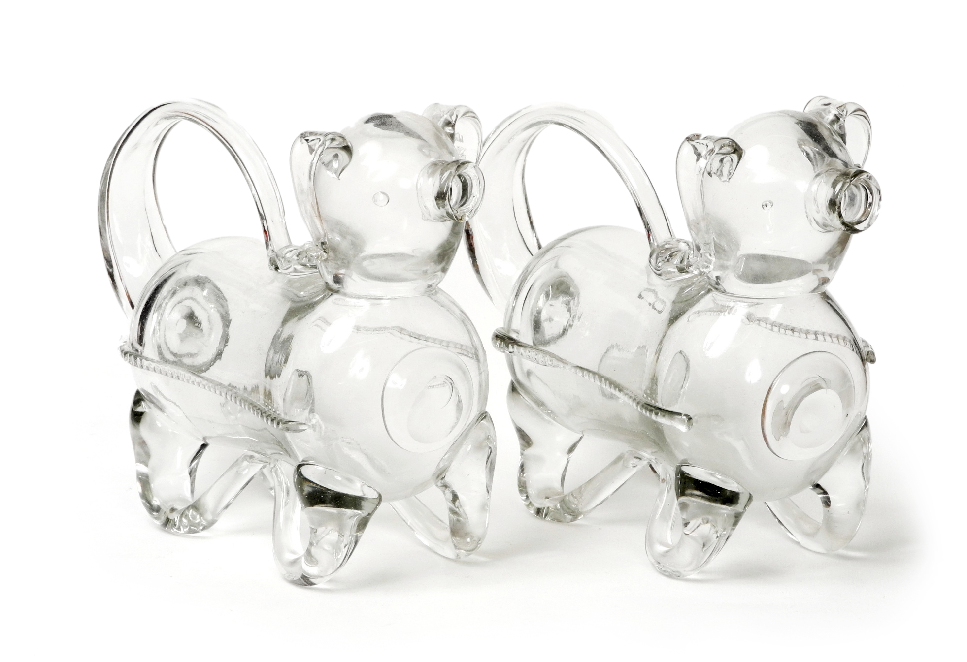 A fine pair of Victorian glass Gin Pig decanters : DSCN8899 from www.antiquesincheshire.co.uk size 1963 x 1345 jpeg 731kB